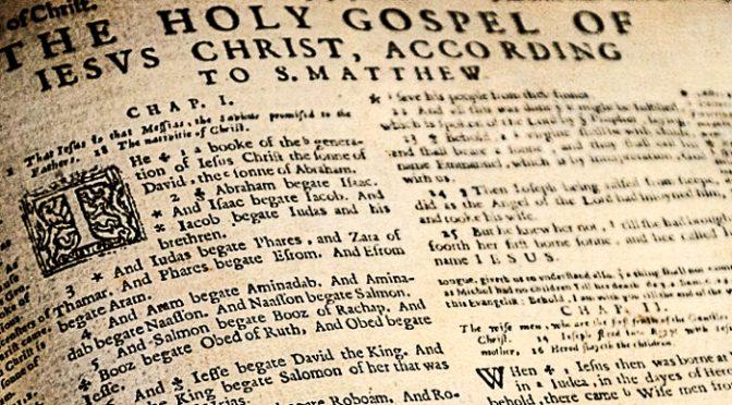 ¿Cuál es el origen de las divisiones en capítulos y versículos de la Biblia?
